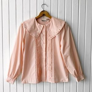 Vintage 90s Light Pink Embroidered Pleated…